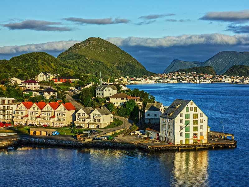 18 Day Norway Fjords Cruise, Iceland Tour and Flights